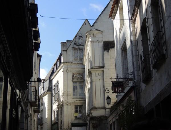 Take A Walk With Me // Cité Royale deLoches